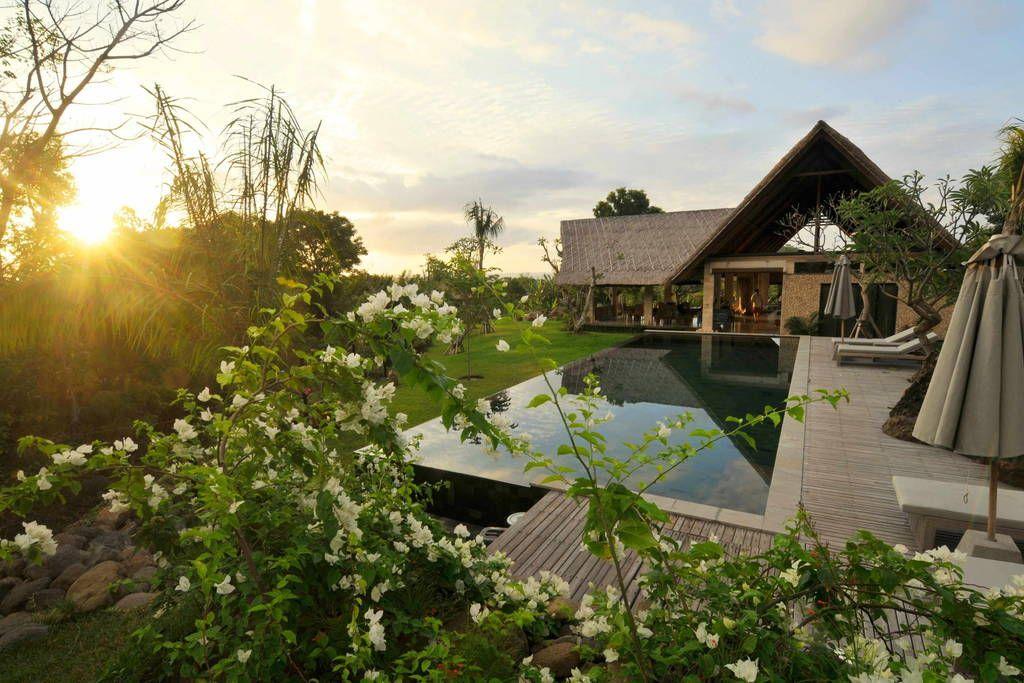 Sjekk ut dette utrolige stedet på Airbnb: Jeda Villa luxury secluded hideaway - Villaer til leie i Gerokgak