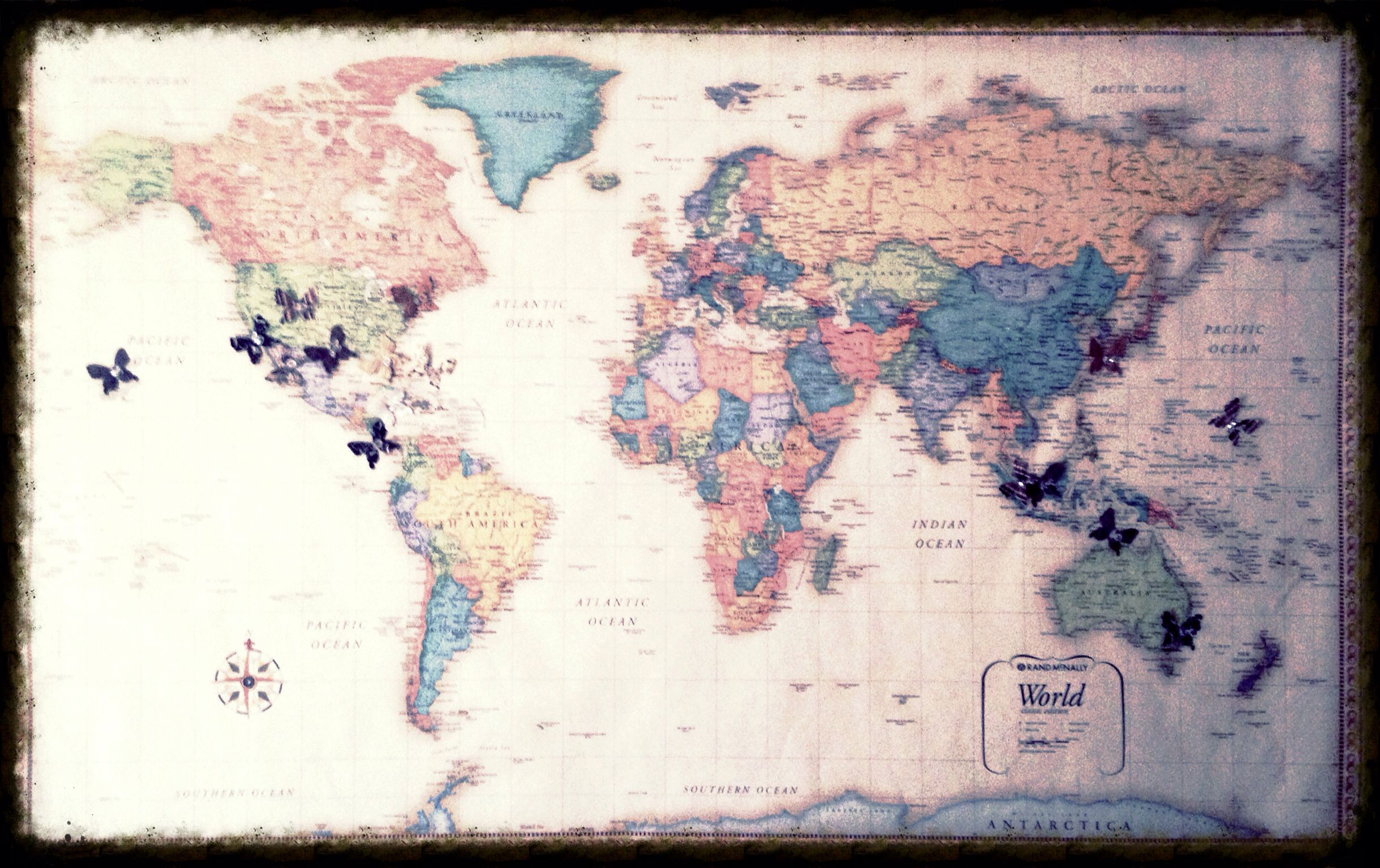 Diy world map traveling tracker travel pinterest dorm diy world map traveling tracker gumiabroncs Image collections