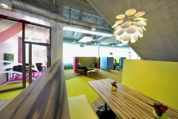 colorful office interior design with green color 3 tips office rh pinterest com