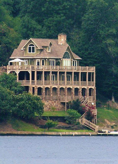 Lake Lure House in North Carolina