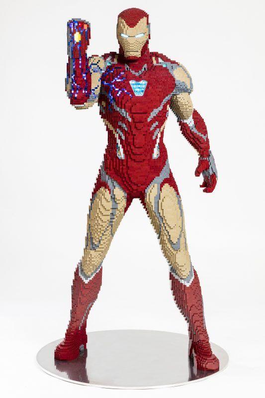 Le modèle LEGO Iron Man grandeur nature dévoilé avant le Comic-Con de San Diego [News] | The Brothers Brick   – Chevere