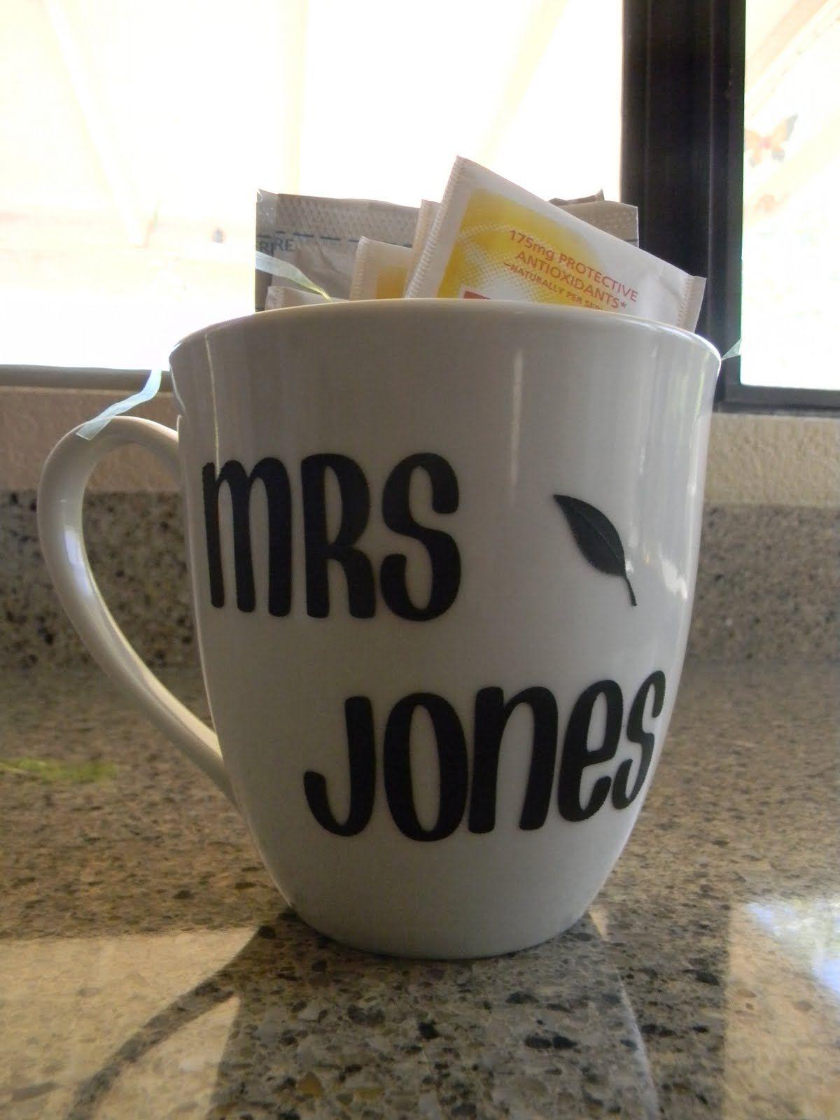 personalized mugs for teacher gift set includes mug