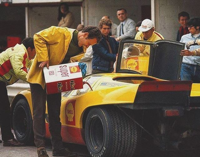 WEBSTA @ theheartofracing - Ahh the 70's.. Let's chat about pit safety, shall we? #917 #spafrancorchamps #porscheracing #shellracing #70sracing  @aacsweden
