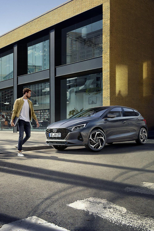 Nouvelle Hyundai I20 Belle Voiture Voiture Bikeuse