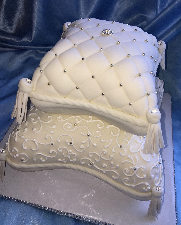 Maui Wedding Cakes: Maui Wedding Cakes Finally Got To Tackle A Pillow Cake