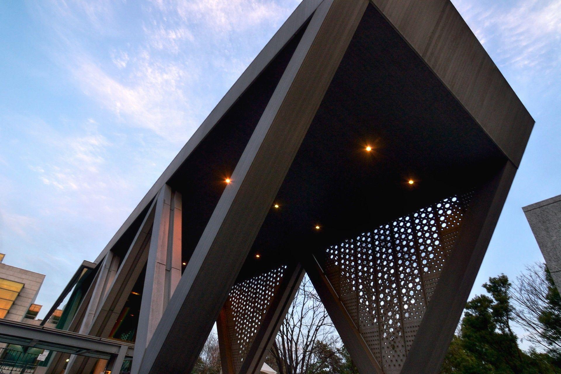 Museum Of Contemporary Art Tokyo Takahiko Yanagisawa