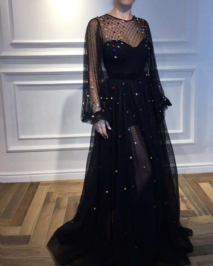 Saggy Black TMD Gown