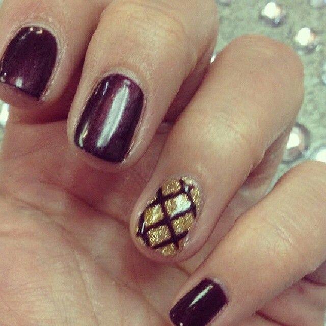 Gold criss cross nail tonyas nail designs pinterest gold criss cross nail prinsesfo Images