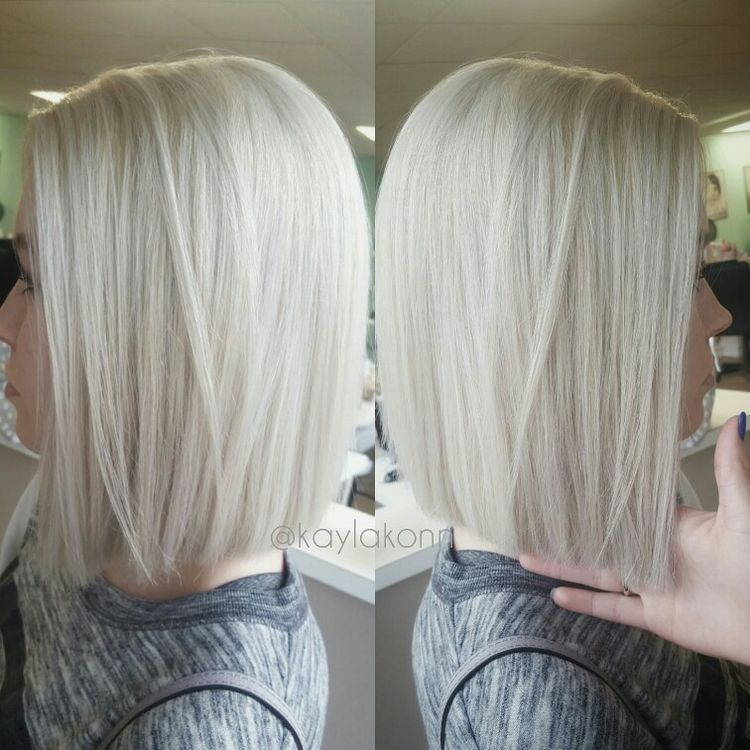 Platinum Blonde Blunt Bob Ice Blonde Hair Hair Styles Haircuts For Fine Hair