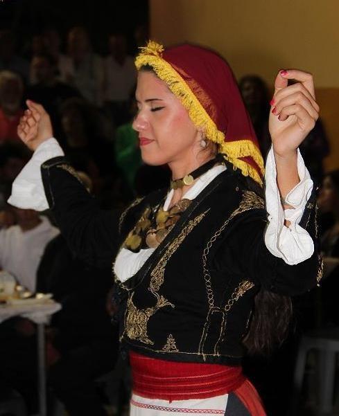 Το Χορευτικό τμήμα του Λυκείου Ελληνίδων Ηρακλείου