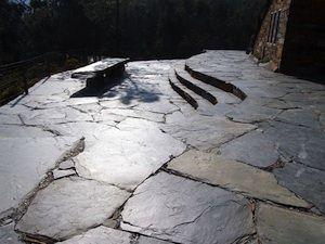 Terrasse en ardoise - Opus incertum sans joints terras ...