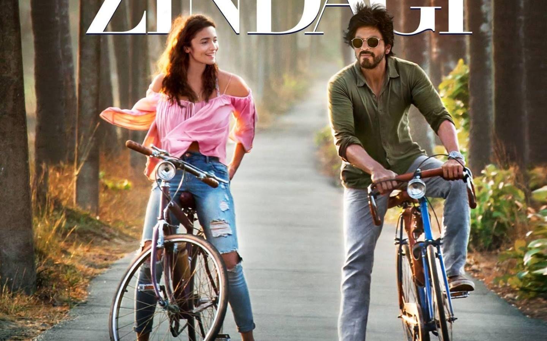 Dear Zindagi First Look Bollywood Celebrities Bollywood