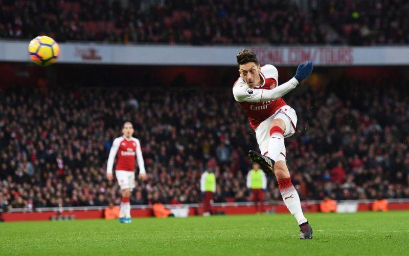 Arsenal 1 Newcastle United 0 Mesut Ozil thunderbolt