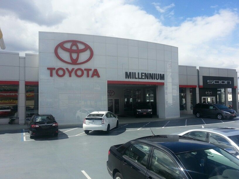 Front of this fantastic dealership. Toyota dealers