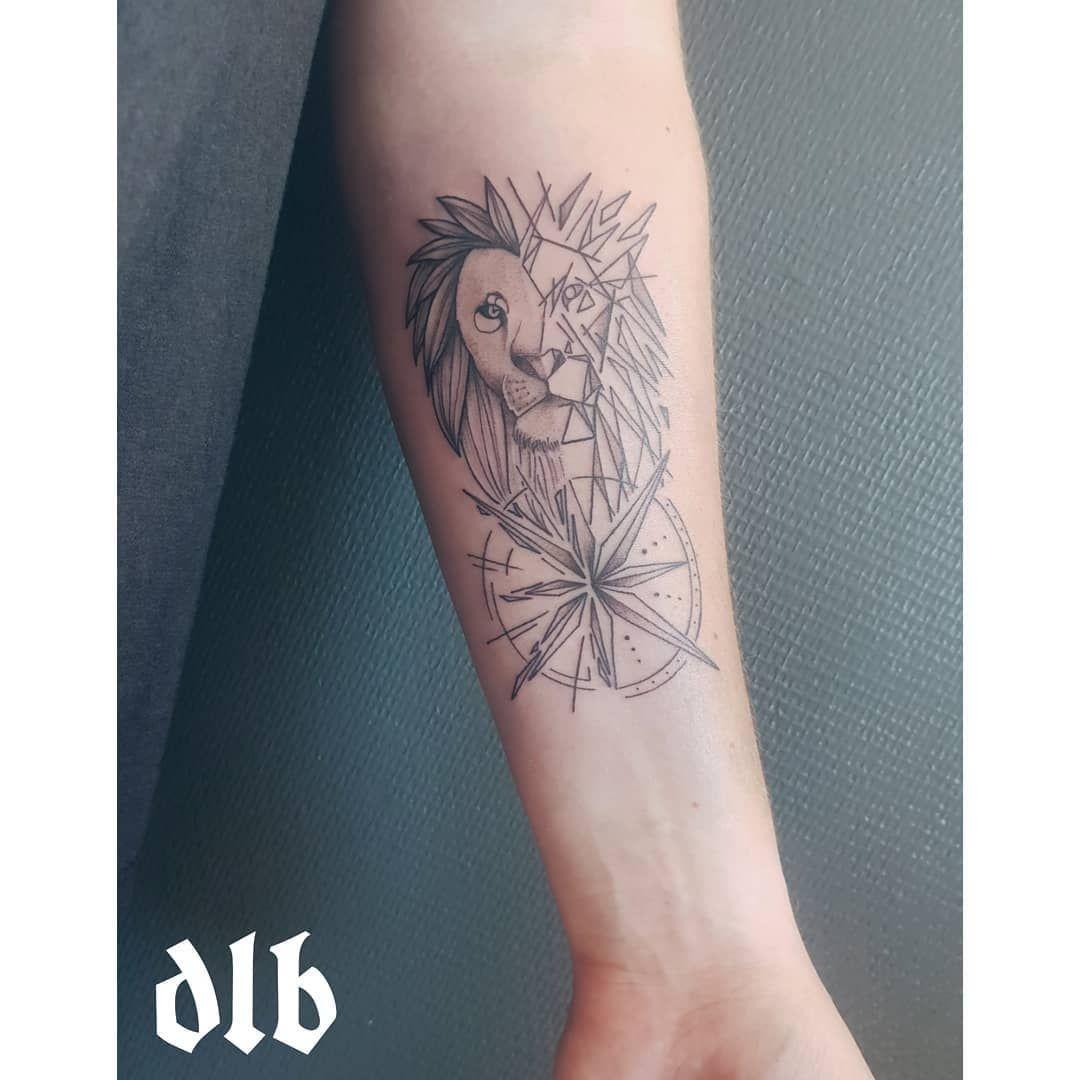 Compo lion graphique . #tattoo #tattooart #tattoolovers #tattoofamily #tattooaddict #love #work #lion #geometric #graphic #rouen