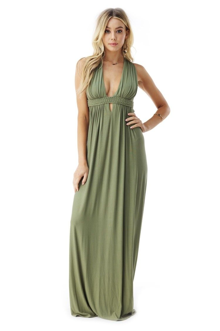This sleeveless maxi features an intricate embroidered lace back and