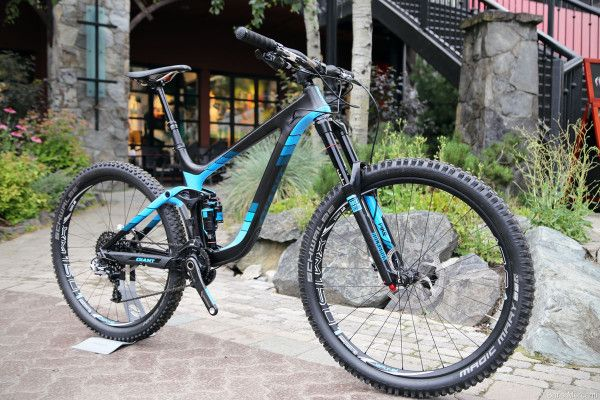 First Look 2015 Giant Trance And Reign Plus Actual Weights Giant Bikes Giant Trance Xc Mountain Bike