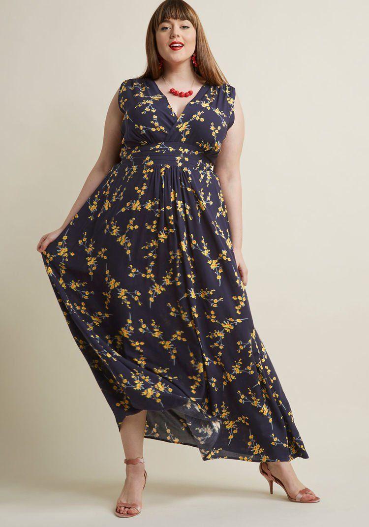 Serene dream maxi dress in navy blossom cute clothes u shoes