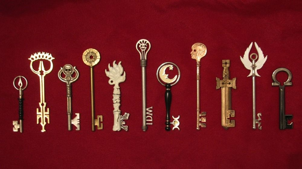 Pin By Belén On Locke And Key Keys Art Graphic Novel Netflix