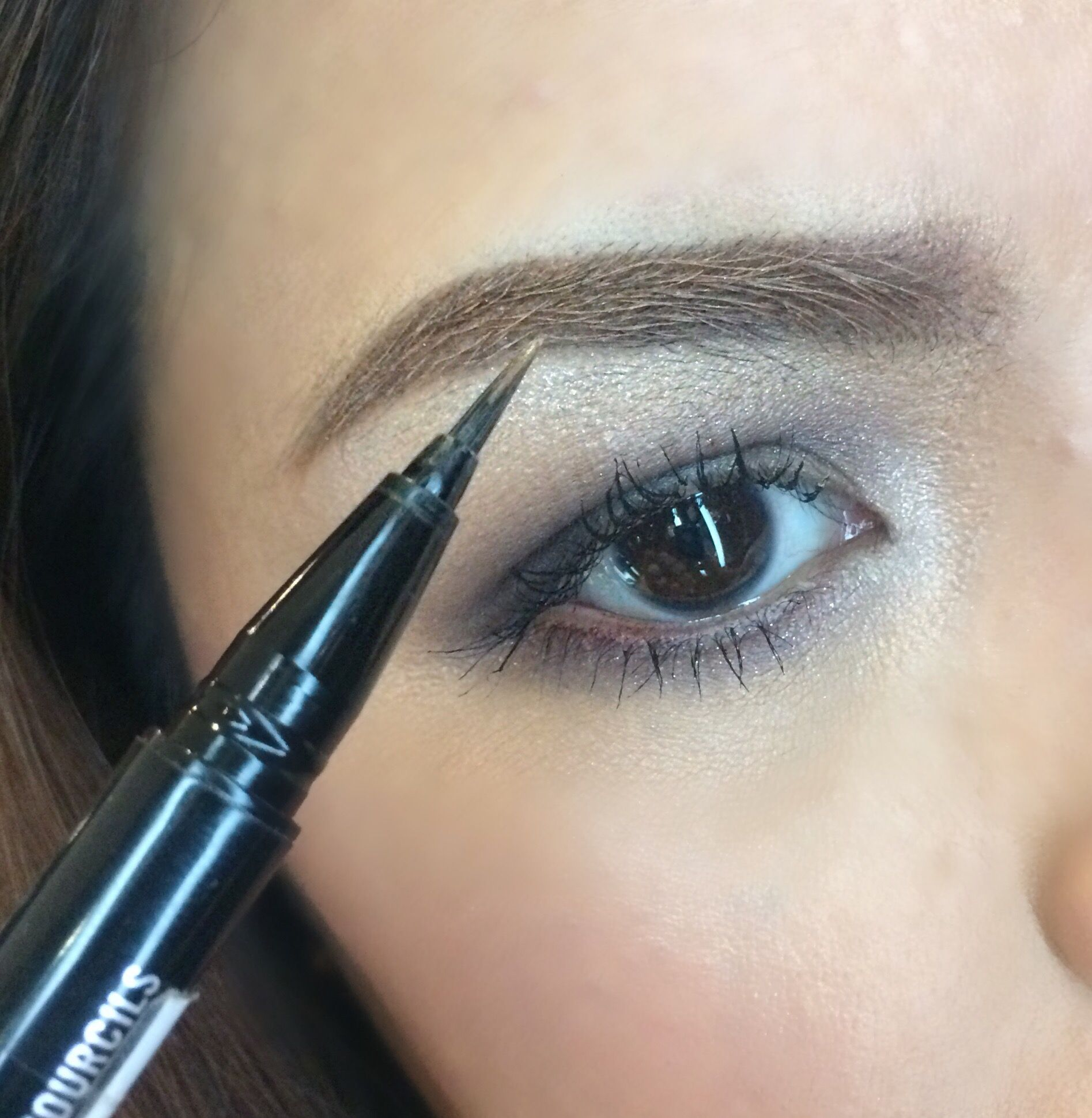 Mac shape and shade brow tint Brow tinting, Brows, Lipstick