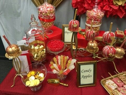 Superb Red White Gold Sweet Table