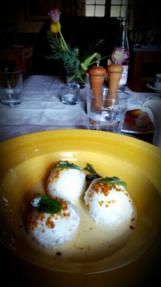 Lovely dessert (île flottante) at a charming restaurant: Le Coq en Pâte  (Argoules).