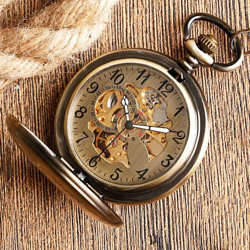 Kvalitné analógové pánske hodinky s koženým remienkom - strieborné ... 90be53c0f16