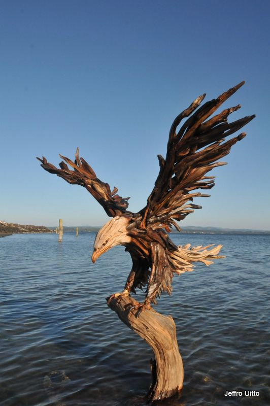 Wow artist jeff uitto creates magnificent creatures and furniture from driftwood at his knock - Sculpture sur bois ...