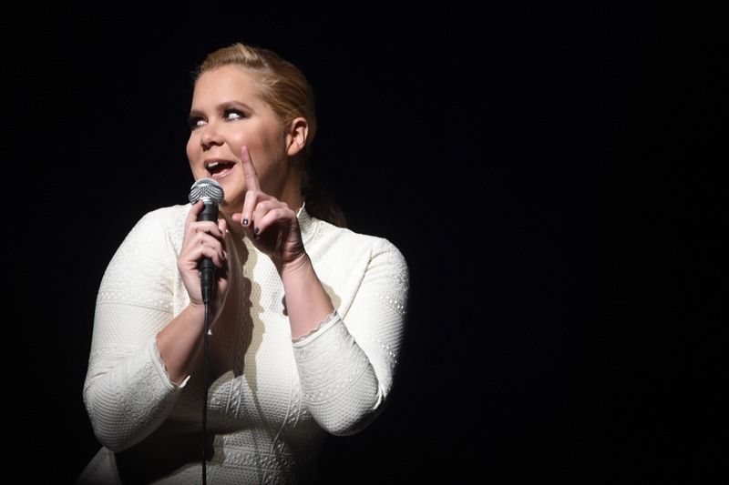 Amy S Tweet Sums Up What It S Like To Be A Woman Amy Schumer