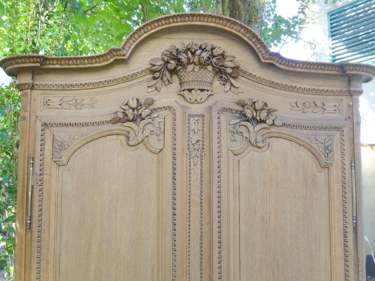 Armoire Normande Cauchoise De Mariage En Chene Sculpte Antiquites Lombart Proantic Armoire Normande Mobilier De France Armoire
