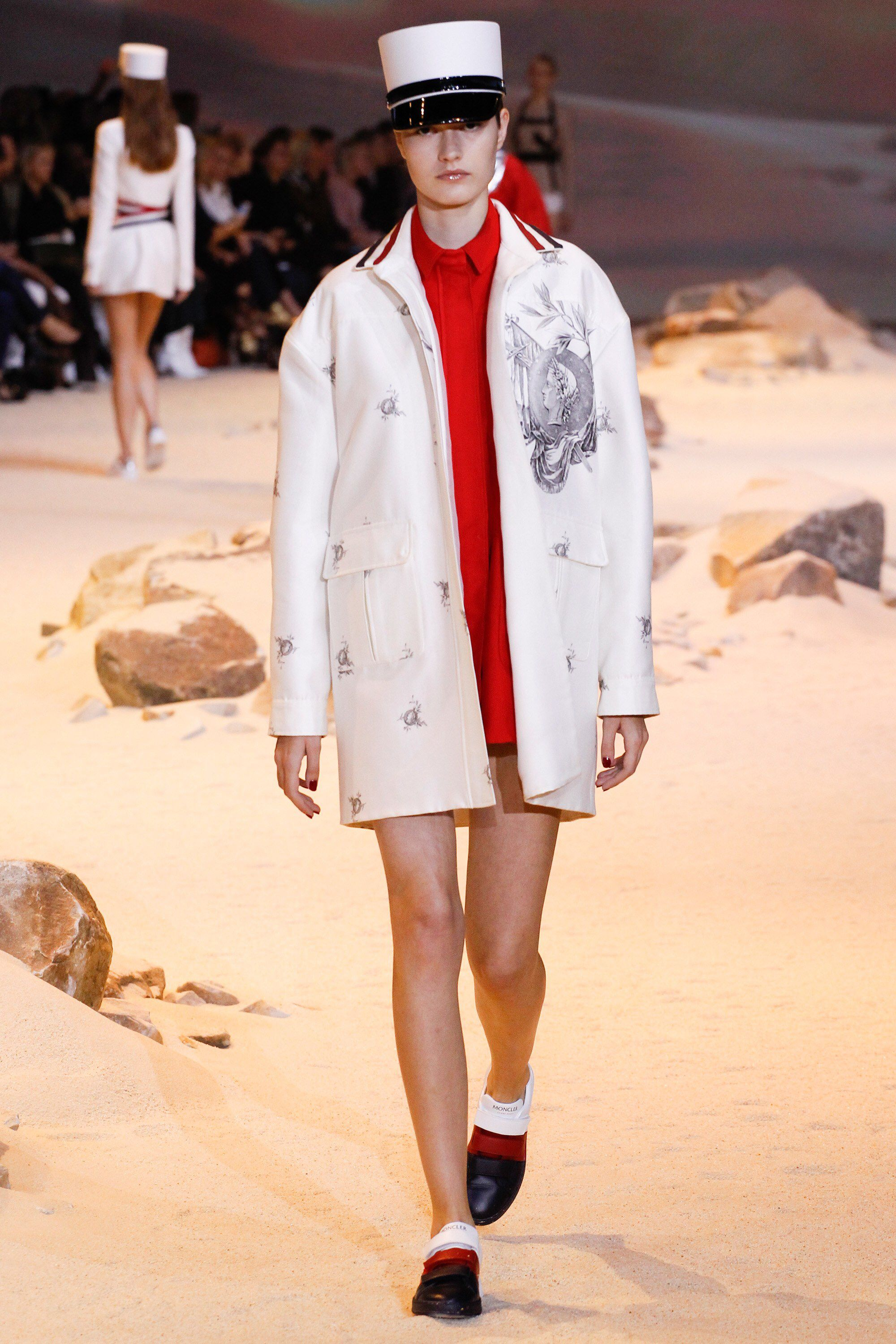 Moncler Gamme Rouge - Spring 2017 Ready-to-Wear