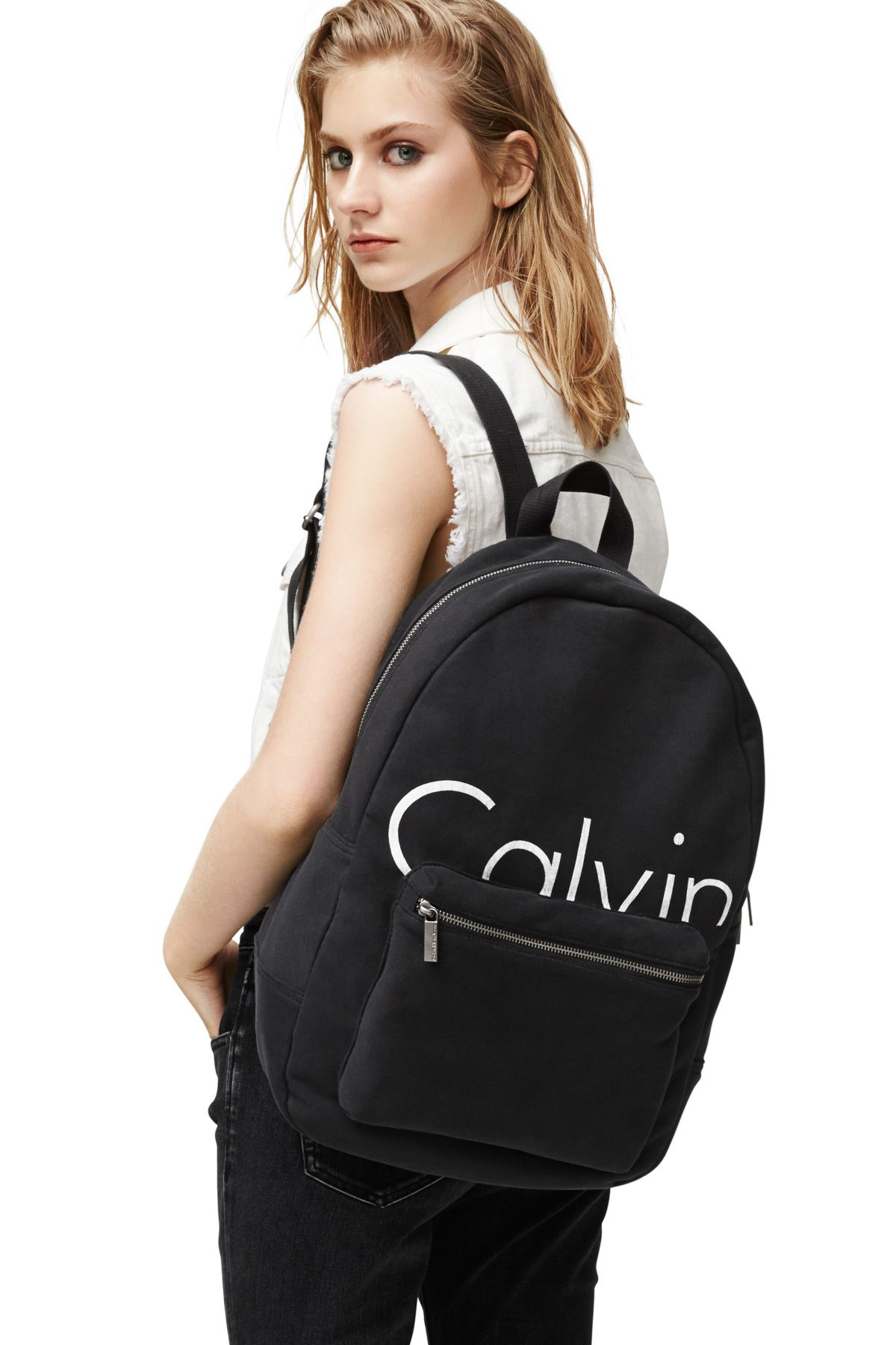 3c54fb3d3389 Pin by Leah Caserta on accessories in 2019 | Klein backpack, Calvin klein  outfits, Calvin klein jeans