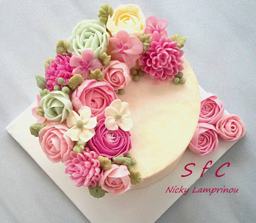 Swiss Meringue Buttercream Cake Swiss Meringue Buttercream Cake With Flowers Peonies Roses Chr Buttercream Cake Buttercream Decorating Buttercream Flower Cake