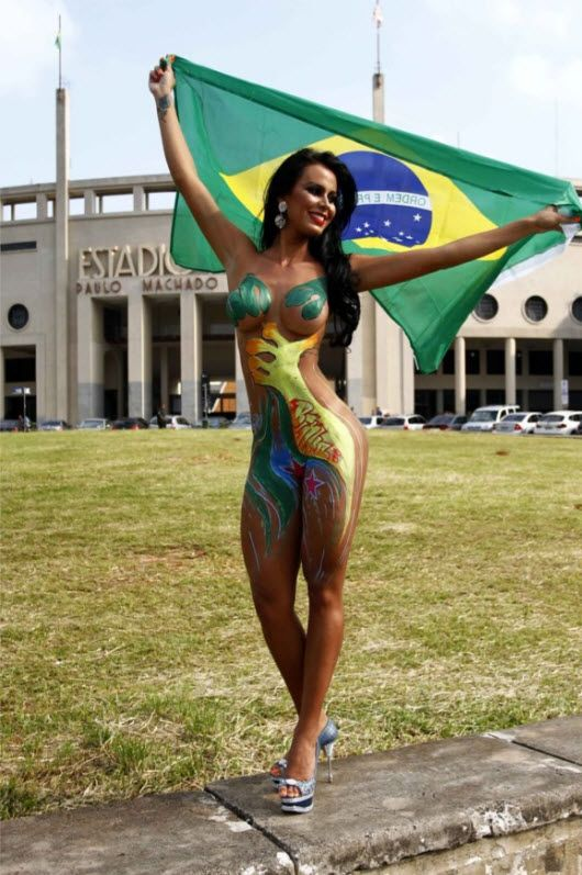 paint Brazilian girls body sexy