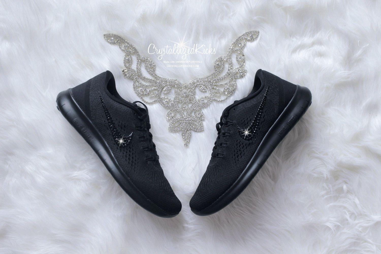 Blinged NIKE gratis RN negro mujer hecho con por CrystallizedKicks Tenis  Nike Negros Mujer 4d9c4fa3b1ff9
