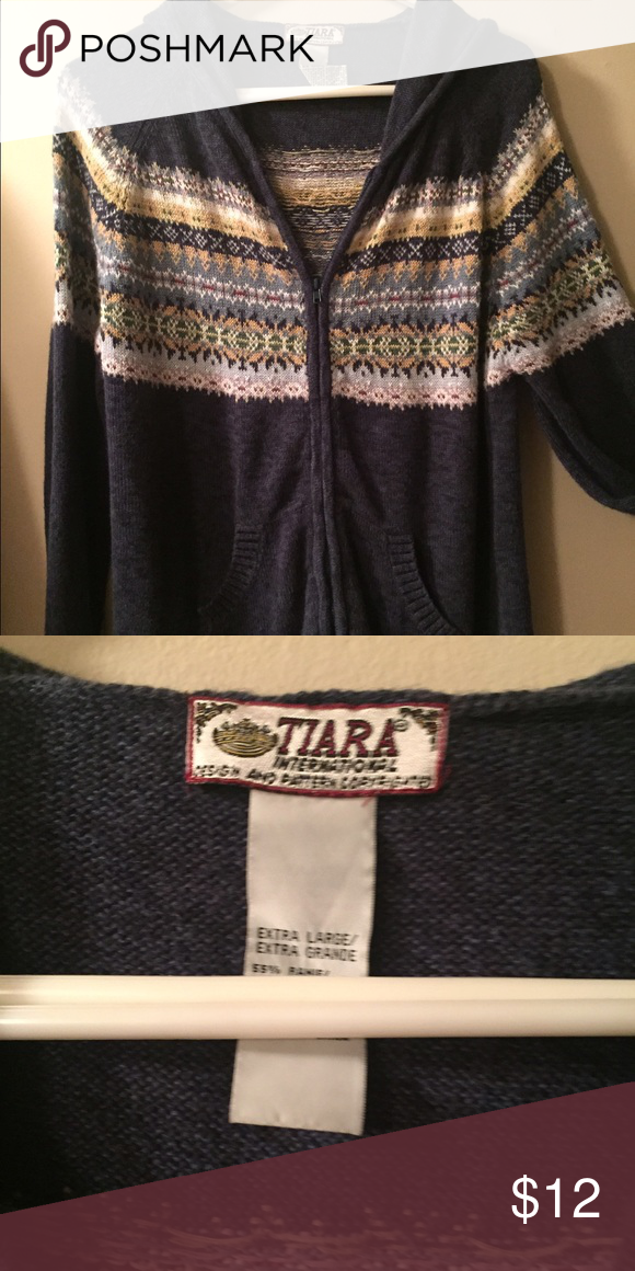 Hooded Sweater EUC Sweaters Cardigans