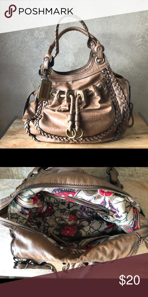River Island Purse Bought over in Spain, it is a beautiful purse. River  Island 3c210e6bb3