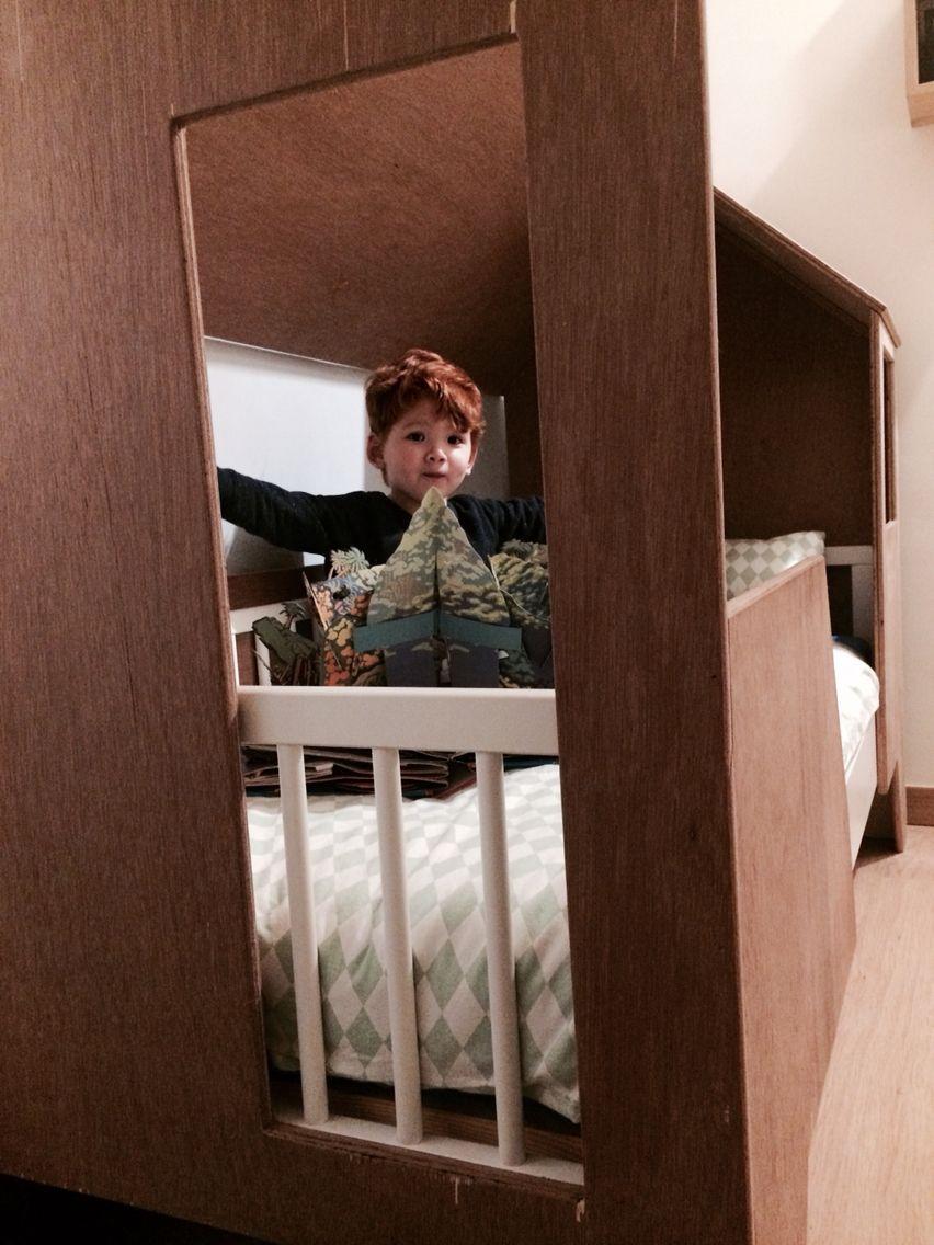 les 25 meilleures id es de la cat gorie lit sur mesure sur pinterest literie sur mesure lit. Black Bedroom Furniture Sets. Home Design Ideas