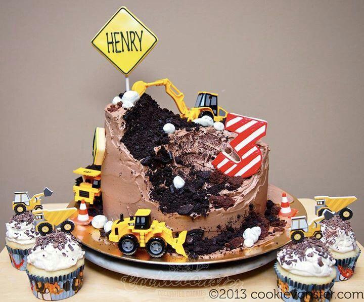 Pastel de construcci n fiesta camiones cat cumplea os - Bizcocho cumpleanos para ninos ...
