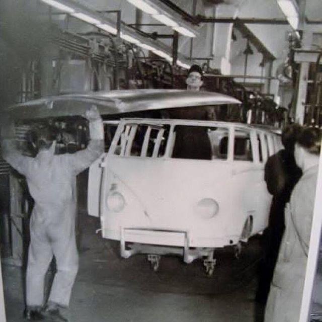 Resultado de imagen para vw wolfsburg factory 1948