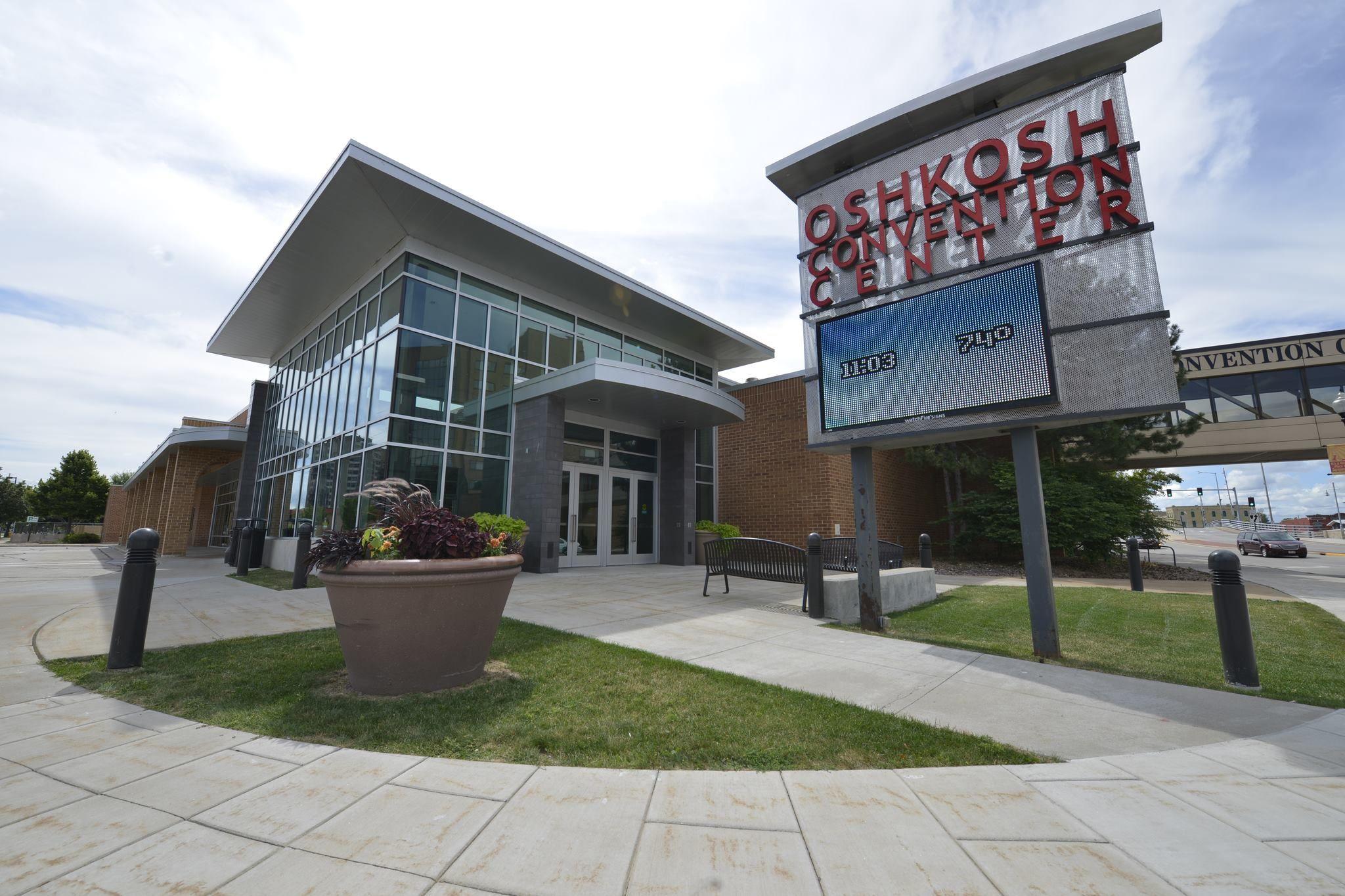 Oshkosh convention center conveniently located in