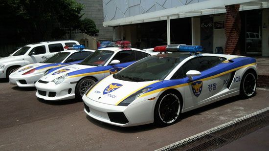 Korean Police Cars Giving Speeding Tickets In Style Cars