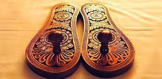 40ab11c4a6fa Paduka Shoes   Paduka Sandals   Original Designs   Indian shoes   Indian  Culture   wood sandals   Leather sandals   unique shoes   Antique shoes    India   ...