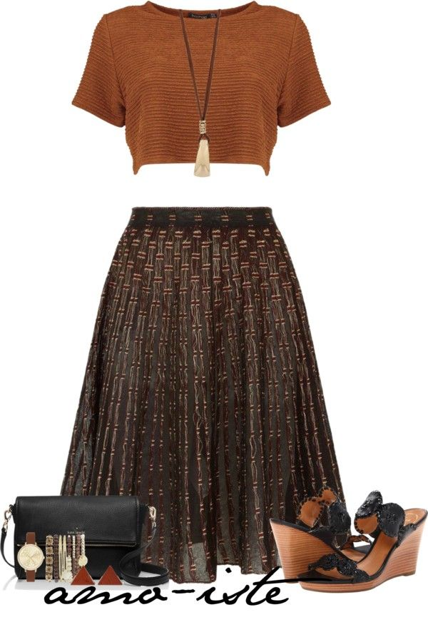 Cute Crop Top With Sheer Pleated Skirt Outfit