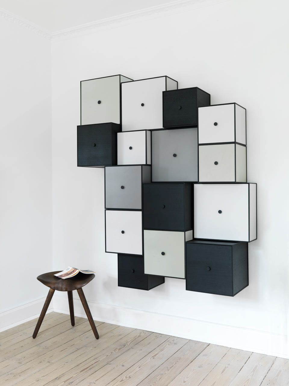 Storage Modules That Look Two Dimensional Home Furnishings