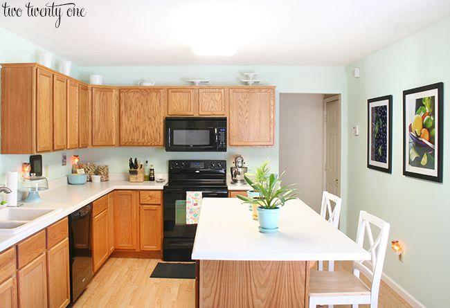 Kitchen Cabinet Refacing Makeover A Homeowner S Experience Oak Kitchen Kitchen Countertops Laminate Laminate Kitchen