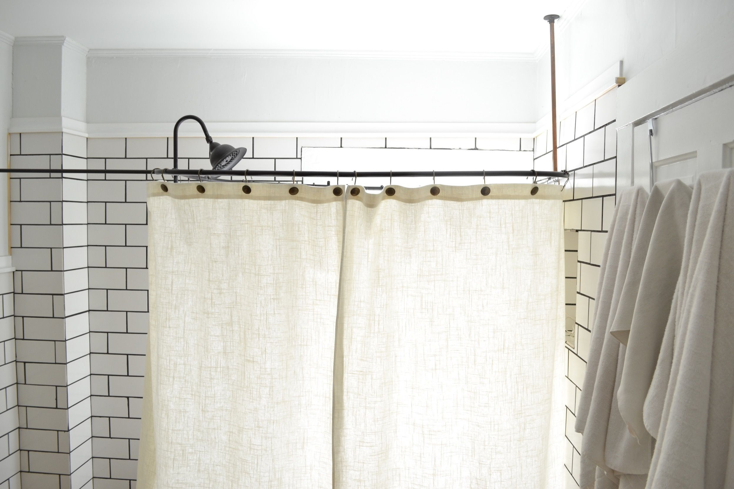 Hi Friend Happy Monday Pretty Much Since My Last Post I Ve Been Firmly Camped Out In Shower Curtain Land And Am Happy To Say I Ve Made I Clawfoot Tub Shower Tub