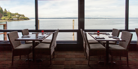 Dine At Ray S An Iconic Seattle Seafood Restaurant With Waterfront View Deck The Freshest In Ballard Wa Bar Hy Hour Twice Daily
