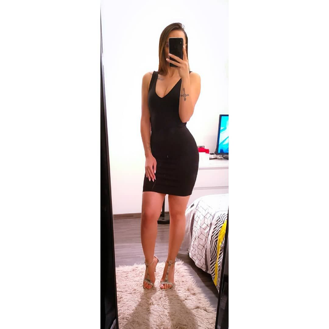 ❛ 𝐵𝑒𝑎𝑢𝑡𝑦 𝑎𝑙𝑜𝑛𝑒 𝑖𝑠 𝑛𝑜𝑡 𝑖𝑚𝑝𝑟𝑒𝑠𝑠𝑖𝑣𝑒. 𝑃𝑢𝑡 𝑎𝑛 𝐴𝑡𝑡𝑖𝑡𝑢𝑑𝑒 𝑡𝑜 𝑏𝑒 𝑎𝑡𝑡𝑟𝑎𝑐𝑡𝑖𝑣𝑒 𝑎𝑛𝑑 𝑎𝑑𝑑 𝐵𝑟𝑎𝑖𝑛 𝑡𝑜 𝑏𝑒 𝑠𝑜𝑝ℎ𝑖𝑠𝑡𝑖𝑐𝑎𝑡𝑒𝑑 ❜  #outfit #outfitstyle #outfitideas #outfitoftheworld #outfitinspiration #getintothisstyle #femininestyle #blackdress #littleblackdress #heels #highheels #heelsaddict #classy #elegant #inkedandeducated #inkedgirl #tattooed #tattoolovers #albaniangirl