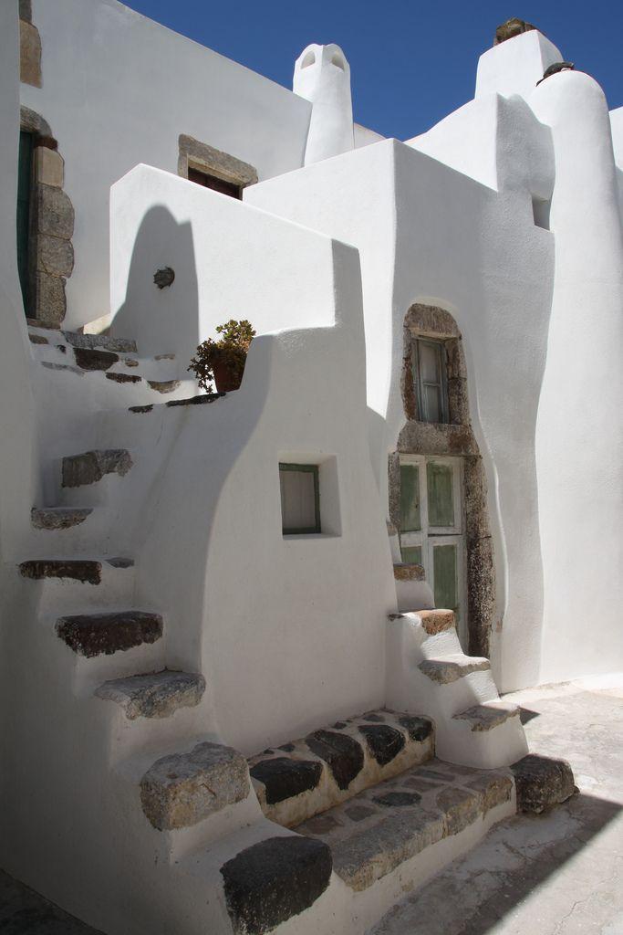 Emporio | Santorini Greece | Greece architecture, Mediterranean ...